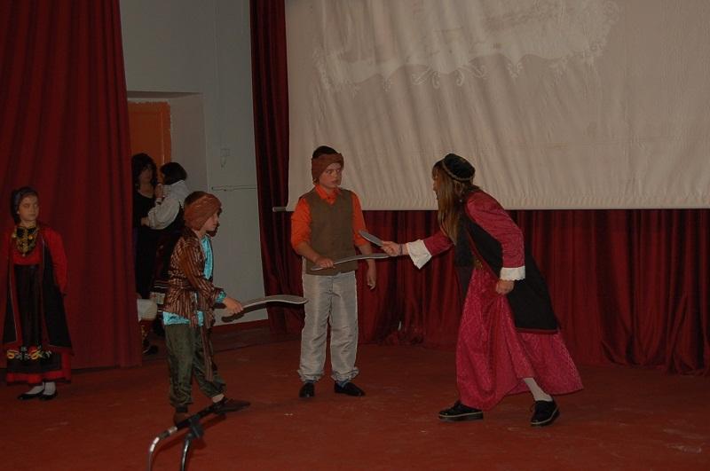 """Ομιλίες και θεατρική παράσταση για τις """"σελίδες της νεώτερης ιστορίας του Αιτωλικού"""""""