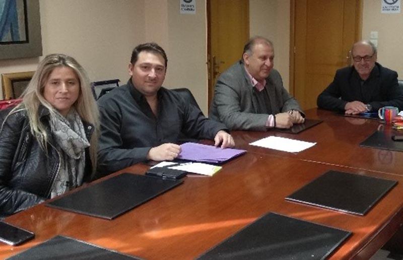Με τον Τάκη Λουκόπουλο συναντήθηκε αντιπροσωπεία του Σωματέιου Εργαζομένων ΚΔΑΠ Ναυπακτίας