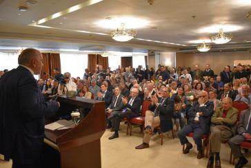 Πλήθος κόσμου στην ομιλία Λύρου στην Αθήνα