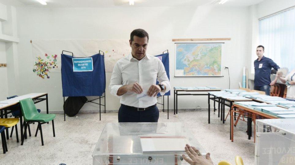 Ψήφισε ο Αλέξης Τσίπρας: Είναι μέρα ευθύνης για τα μέτρα