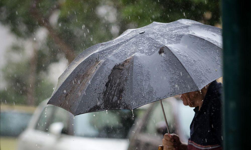 Νέο κύμα κακοκαιρίας: Βροχές και καταιγίδες μέχρι την Τρίτη – Ποιες περιοχές αφορά