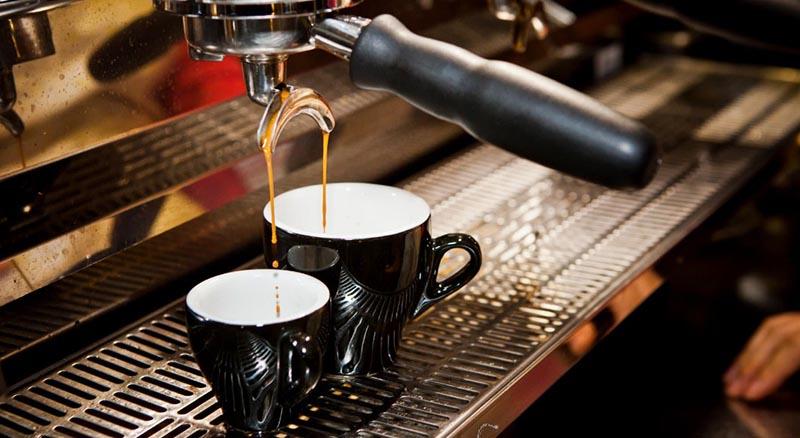 Αγρίνιο: Ζητείται νεαρός/νεαρή για μπουφέ καφετέριας στην Ηλία Ηλιού