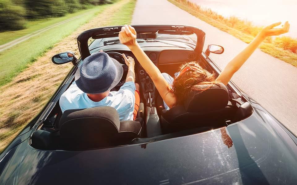 Κορωνοϊός: Σχεδόν το 50% των Ελλήνων σχεδιάζει να πάει διακοπές το καλοκαίρι