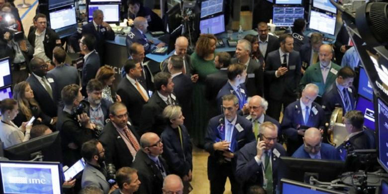 Η Ελλάδα βγήκε στις αγορές – Άνοιξε το βιβλίο προσφορών για το 7ετές ομόλογο