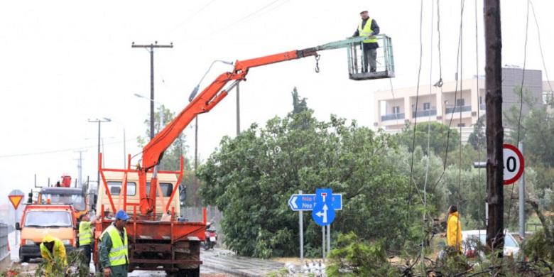 Χατζηδάκης: Στα όριά του το δίκτυο ρεύματος στη χώρα