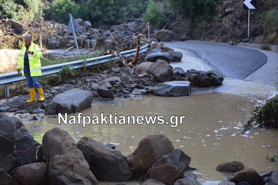 Μεγάλες ζημιές από την κακοκαιρία στη Ναυπακτία-Έκλεισε μέχρι και η Ιόνια Οδός