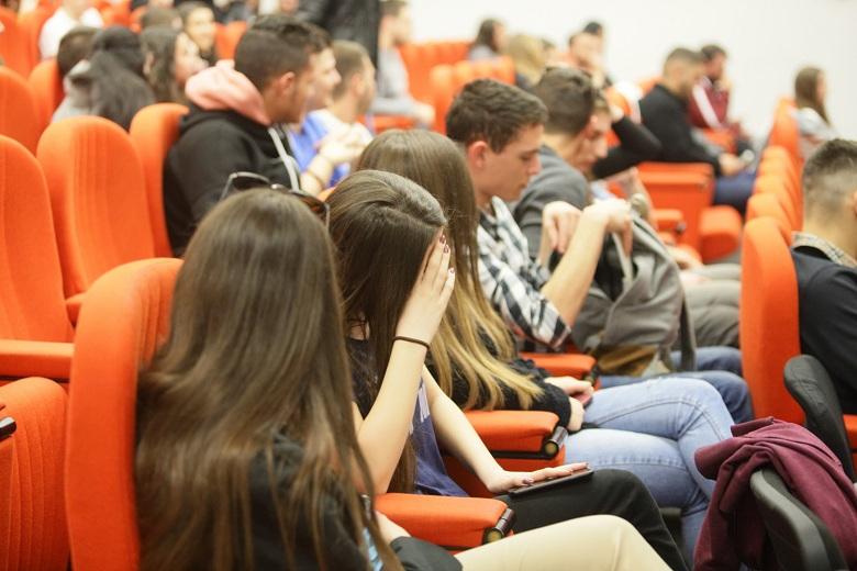 """Σύλλογος Εκπαιδευτικών Π.Ε. Αγρινίου – Θέρμου: """"Ιδιωτικά πανεπιστήμια για διορισμό στο Δημόσιο"""""""