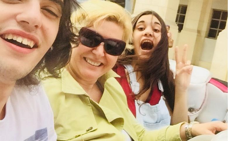 Μαρία Καλπουζάνη: Μας συστήνει την οικογένειά της και μας βάζει στην καθημερινότητά της (φωτο)