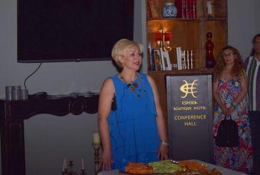Δυναμική ομιλία της Μαρίας Καλπουζάνη στο Αγρίνιο