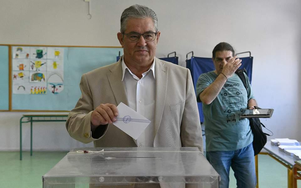 Κουτσούμπας: ψηφίζουμε για να είμαστε πιο δυνατοί την επόμενη ημέρα