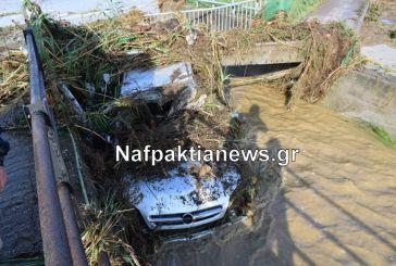 Τεράστιες ζημιές στις παραλίες Μακύνειας και Ρίζας – Αυτοκίνητο σφηνώθηκε σε γέφυρα