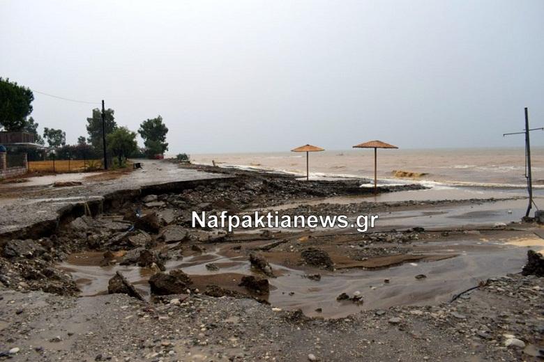 Περιοδεία κλιμακίου του ΚΚΕ στις πληγείσες περιοχές της Ναυπακτίας