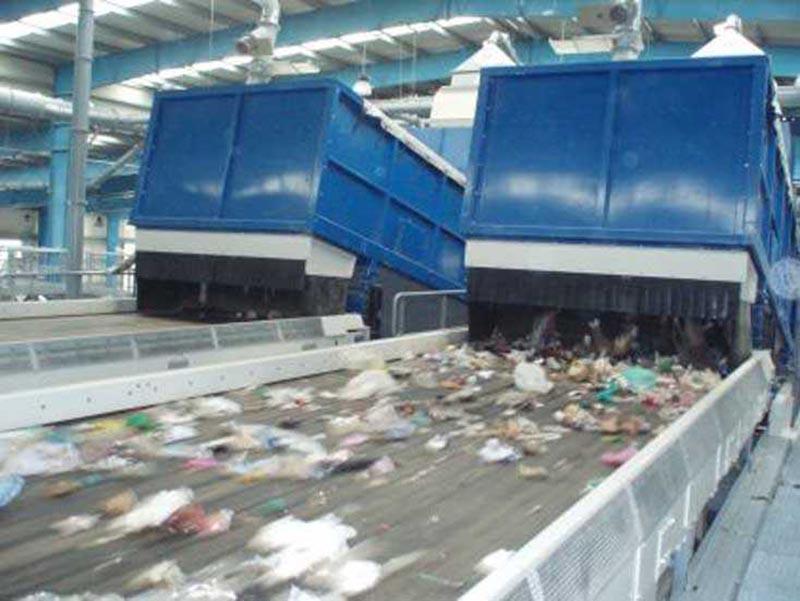 Στην Ήπειρο τα σκουπίδια της Λευκάδας