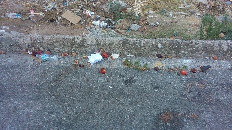 Αγρίνιο: παράπονα περιοίκων για τη (μη) καθαριότητα μετά τη λαϊκή της Πέμπτης