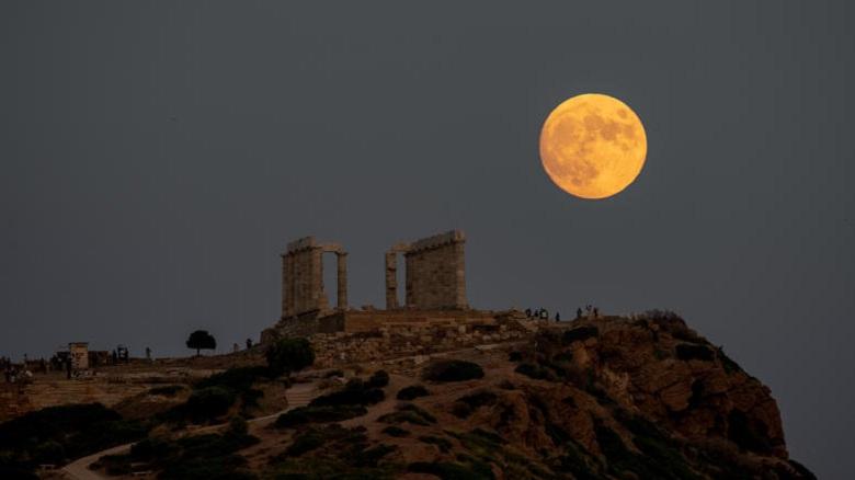 Ανοιχτοί αρχαιολογικοί χώροι και μουσεία για την πανσέληνο