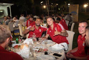 Όμορφη βραδιά και ελληνική κουζίνα στο Emileon περίμενε την Μπενφίκα μετά το φιλικό με τον Παναιτωλικό