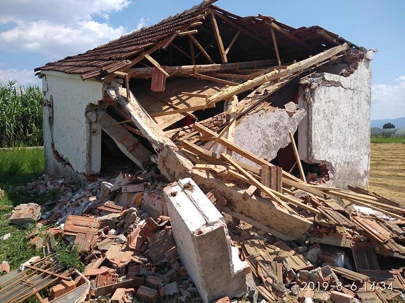 Πρωτοφανές: γκρέμισαν εκκλησάκι στη Μεγάλη Χώρα Αγρινίου-οργή στους κατοίκους, έρευνα για τον δράστη