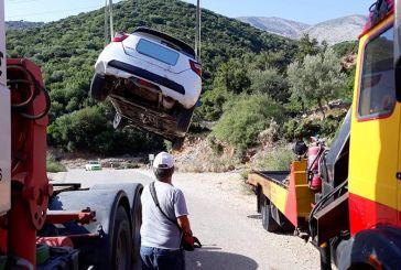 Ξηρόμερο: Αυτοκίνητο έπεσε σε γκρεμό, είχε… Άγιο ο οδηγός (φωτο)