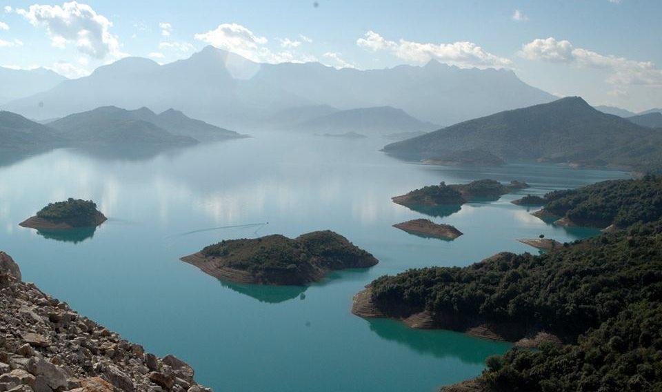 Μνημόνιο συνεργασίας για την αξιοποίηση της Λίμνης των Κρεμαστών