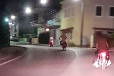 Μακρυνεία: σλάλομ με μηχανάκια και …όλες τις παραβάσεις (μπροστά στον αστυνομικό σταθμό!)