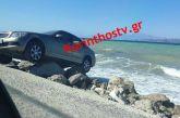 Κόρινθος: Παρκάρισμα για… όσκαρ στην παραλία στο Λέχαιο (φωτο)