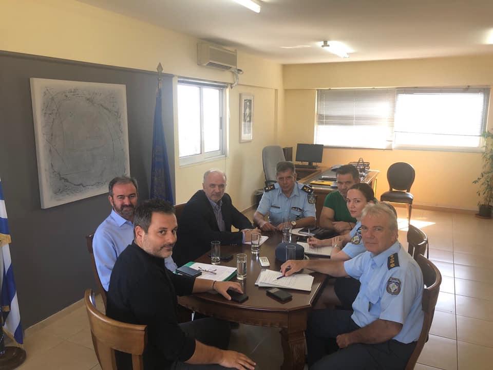 Mεσολόγγι: συναντήσεις της δημοτικής αρχής με πυροσβεστική και αστυνομία