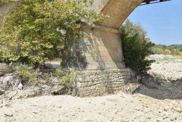 Ακόμη να γίνει η αποκατάσταση των βάθρων στη γέφυρα της Αβόρανης