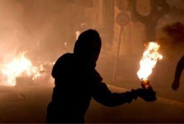 Μυστήριο με την επίθεση με μολότοφ στο αστυνομικό τμήμα Ναυπάκτου-ελεύθεροι οι προσαχθέντες