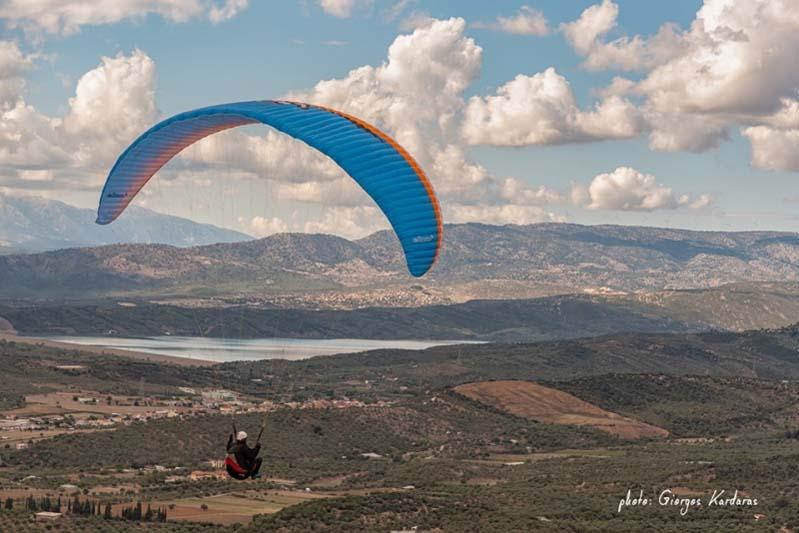 """""""Sky Riders"""" στον ουρανό του Αγρινίου (φώτο,βίντεο)"""