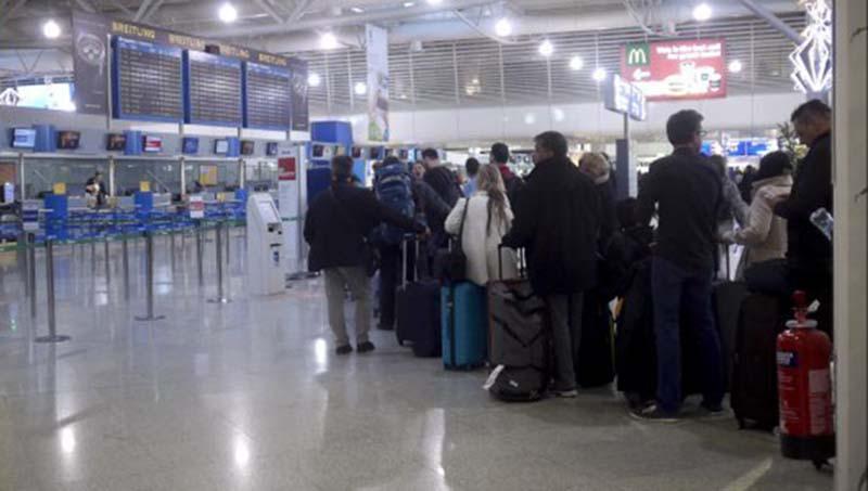 Μια διήγηση Αγρινιώτη από το αεροδρόμιο για την μετανάστευση
