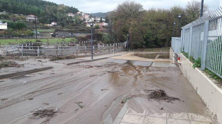 Αγρίνιο: κυκλοφοριακές ρυθμίσεις για το αντιπλημμυρικό έργο στον Λυκοραχίτη