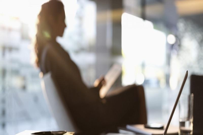 Μελέτη: Σε ποια επαγγέλματα «γερνούν» οι εργαζόμενοι – Πού απασχολούνται οι νεότεροι