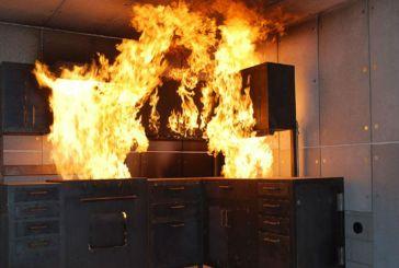 Σοβαρές ζημιές από φωτιά σε κατοικία στα Τριαντέικα