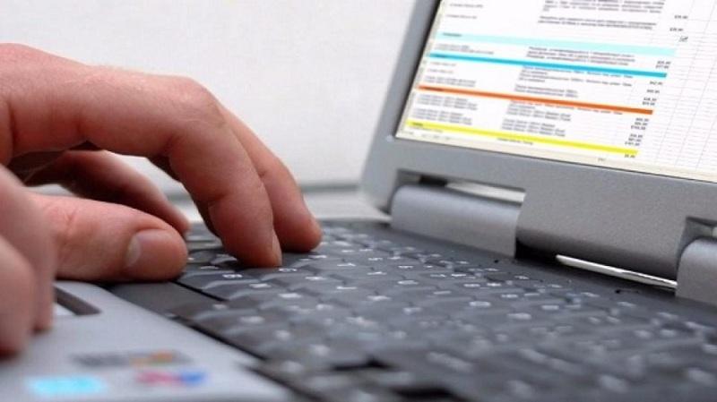 Επίδομα 800 ευρώ: Ανοίγει η πλατφόρμα για ελεύθερους επαγγελματίες