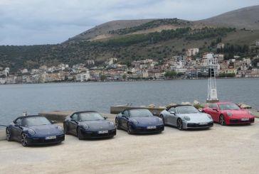 15 πολυτελή αυτοκίνητα τράβηξαν τα βλέμματα στην Αμφιλοχία (φωτό)