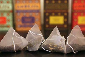 Οι επιστήμονες προειδοποιούν: Επιβλαβή για την υγεία τα σακουλάκια τσαγιού «πυραμίδες»