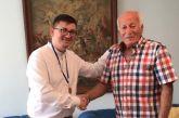 Αστακός: Βαλκανιονίκης δώρισε στον Δήμαρχο Ξηρομέρου χρυσό μετάλλιο 40 ετών (φωτο)
