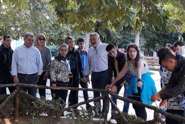 """""""Υιοθεσία"""" χώρων πρασίνου από μαθητές σε κεντρικά σημεία του Αγρινίου (φωτο)"""