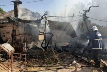 Κάηκε παράπηγμα Ρομά πίσω από το γήπεδο Αιτωλικού