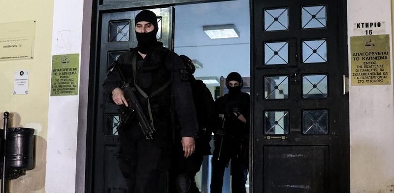 Επαναστατική Αυτοάμυνα: Ρούχα και βίντεο πρόδωσαν τον τρομοκράτη (βίντεο)
