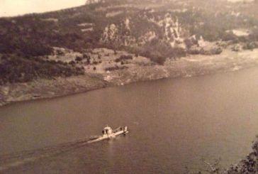Όταν η λίμνη Κρεμαστών είχε φέρι μποτ