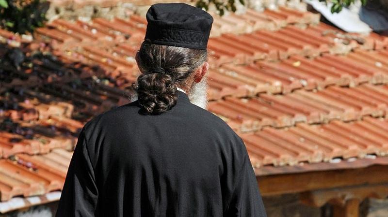 Το φωτεινό παράδειγμα ενός ιερέα στη Μακρυνεία