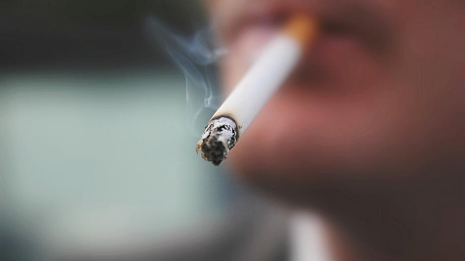 Αντικαπνιστικός νόμος: Στο ΣτΕ οι καταστηματάρχες -Ζητούν ακύρωση της απόφασης για την απαγόρευση χρήσης καπνού