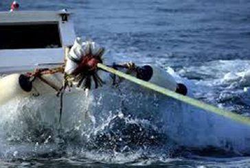Xτύπησε Λιμενικό παράνομος αλιέας στον Αμβρακικό- Καταδικάζουν οι Αλιευτικοί Σύλλογοι