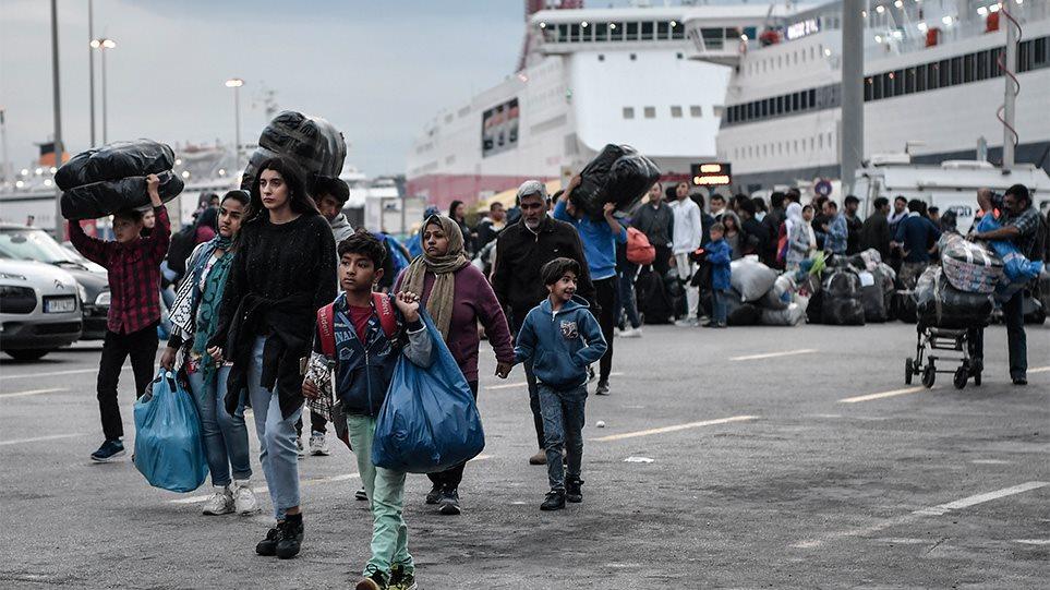 Μεταναστευτικό: Στα όρια του το πρόβλημα με συνεχείς ροές στα νησιά και εντάσεις στην ηπειρωτική Ελλάδα