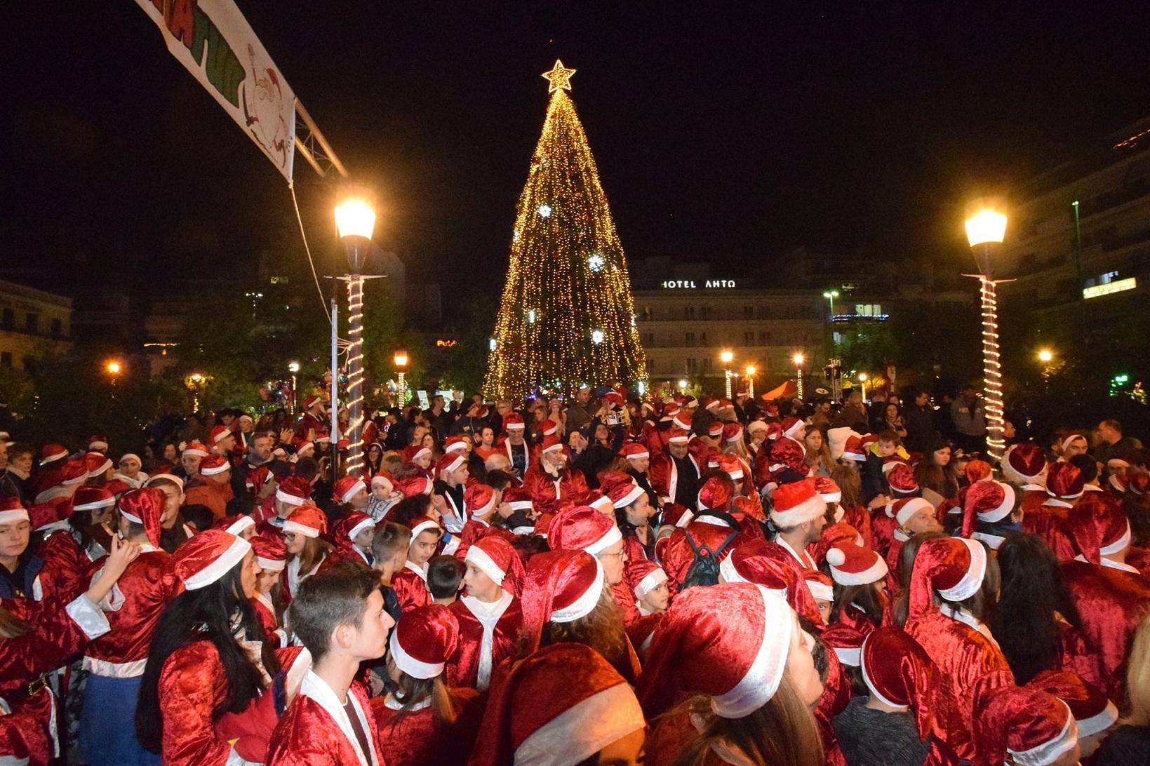 Santa Runners γέμισαν το Αγρίνιο!