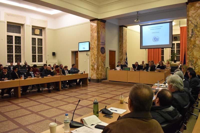 Πέρασε… μειοψηφώντας το Τεχνικό Πρόγραμμα του δήμου Αγρινίου