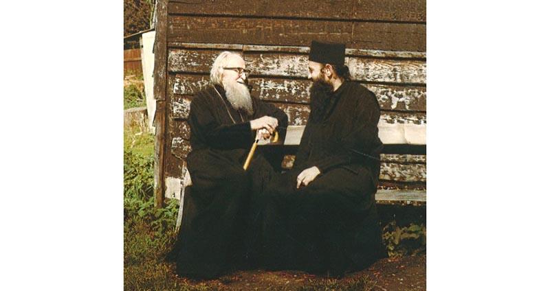 Γράμμα του Ναυπάκτου Ιεροθέου για την αγιοκατάταξη του Αγίου Πορφυρίου και του Αγίου Σωφρονίου