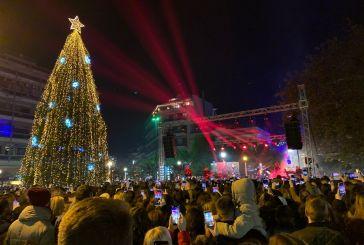 «Χέρια ψηλά» στην πλατεία Δημοκρατίας στο Αγρίνιο με τον Μιχάλη Χατζηγιάννη