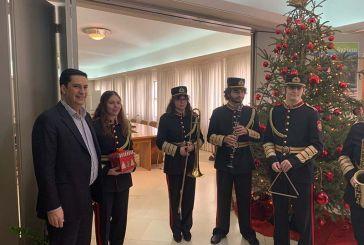 Τα κάλαντα της Φιλαρμονικής στον Δήμαρχο Αγρινίου (φωτο & video)